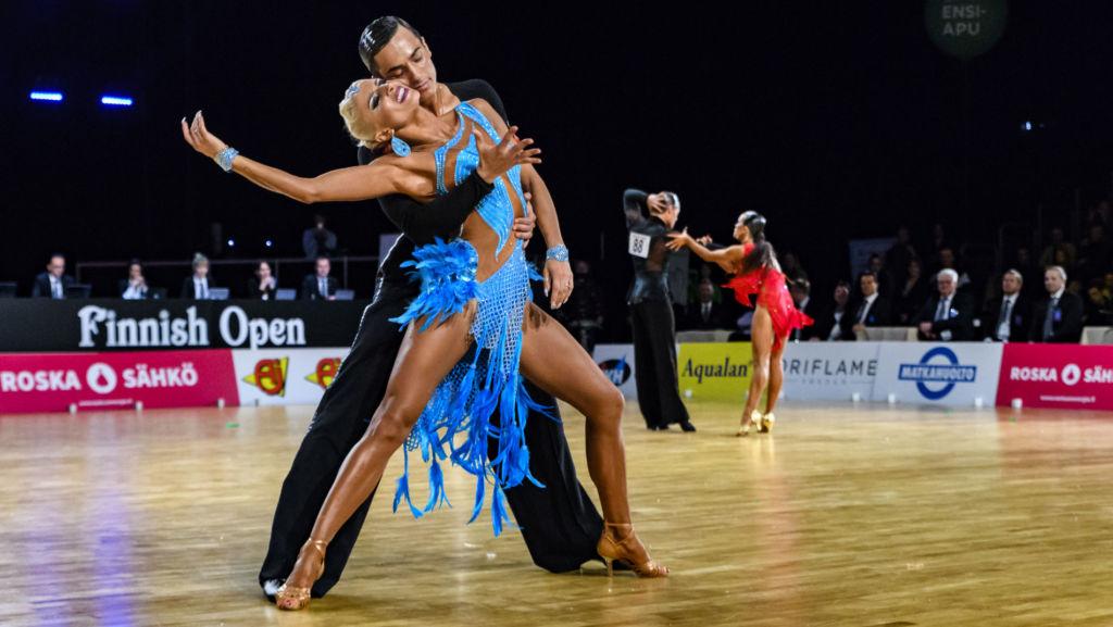 10+ 1 latin tánc ruha, ami megdobogtatja a szíved